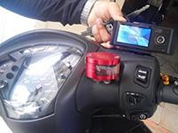 Cẩn trọng khi lắp camera hành trình cho xe máy