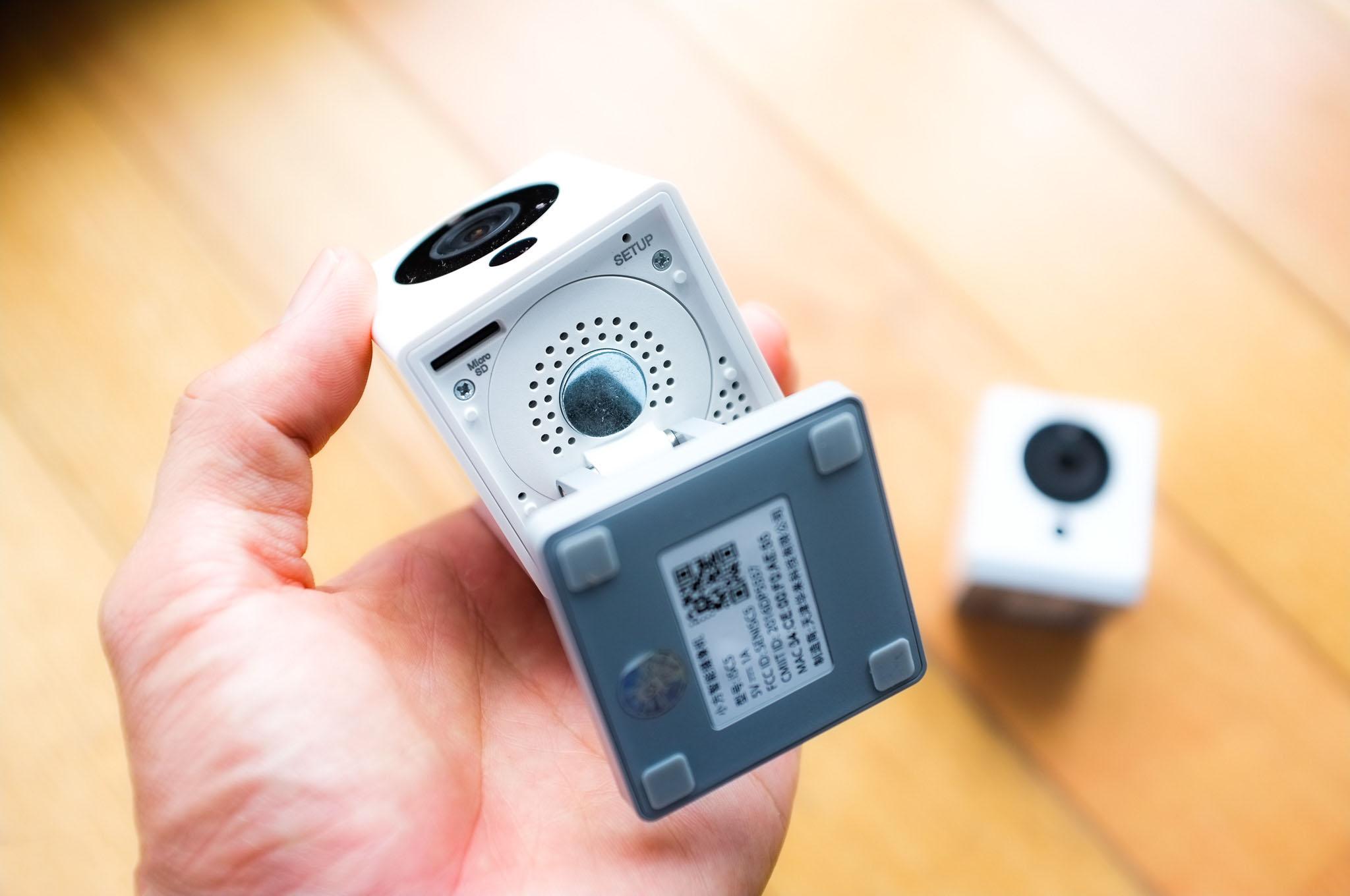 4005611_Tinhte-xiaomi-mini-square-camera-4.jpg